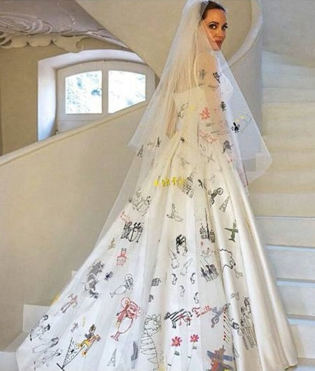 Angelina Jolie  In Her Versace Wedding Dress