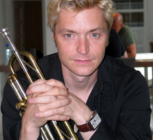 Chris Botti Sporting His Gevril 'Avenue of Americas'