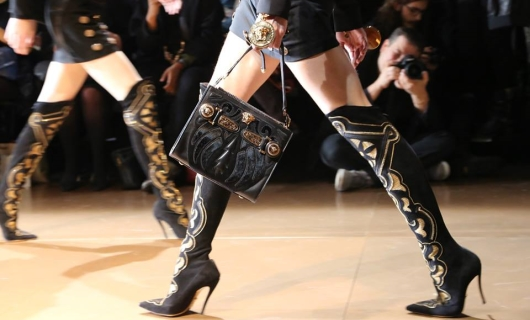 Versace Women's Accessories Fall Winter 2014 Fashion Show