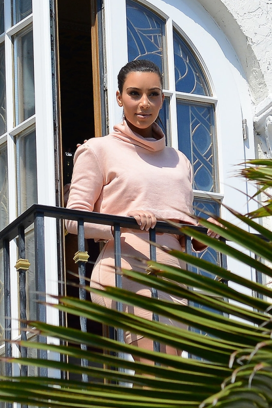 Kim Kardashian on Versace Balcony Mansion