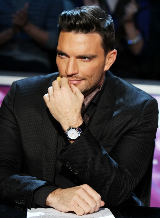 Julián Gil Wearing Sporty-Looking 42 mm Versace V-Race