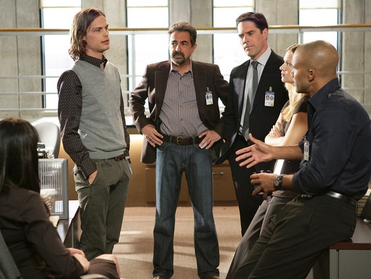 Mantegna With The Cast of Criminal Minds